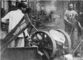 История возникновения швейных машин