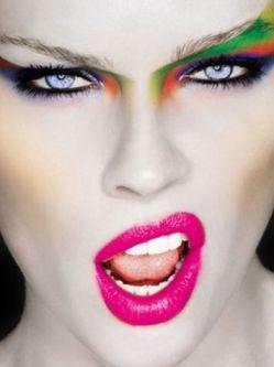 Экстремальный макияж